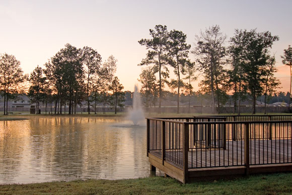Houston New Homes For Sale At Creekside Village - Lake