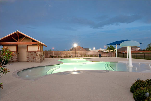 Deercreek New Homes In Fort Worth- Pool