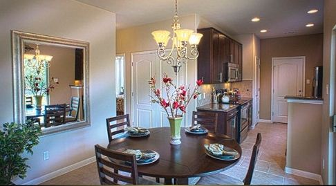 Paradiso Vilas Homes Dining Room