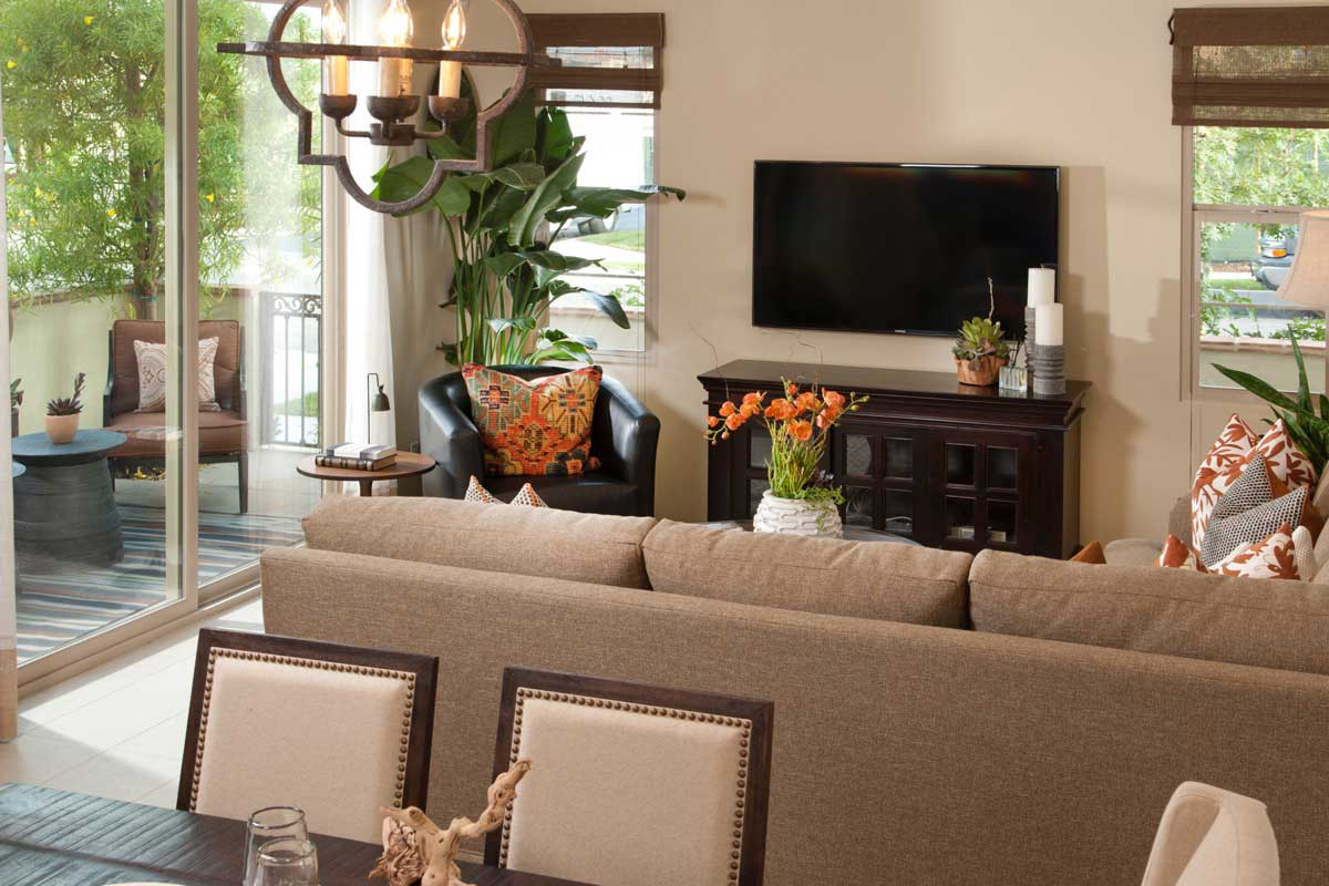 Anaheim New Townhomes ar Cortile - Great Room