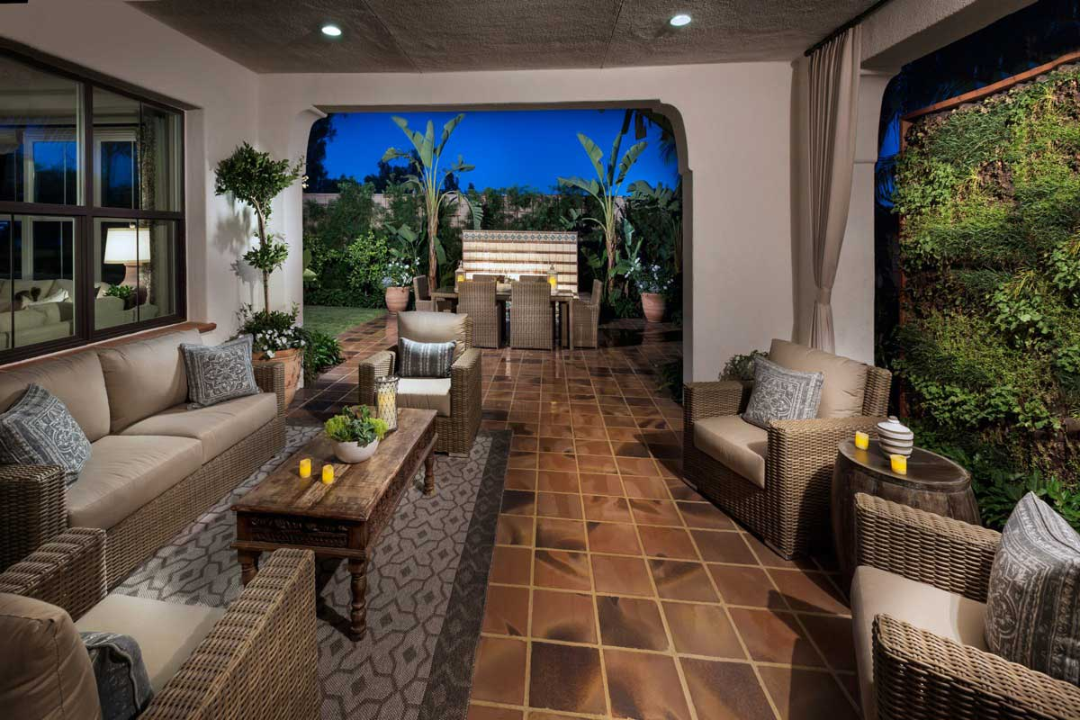 Outdoor Living Room of La Cresta at Woodbury New Homes