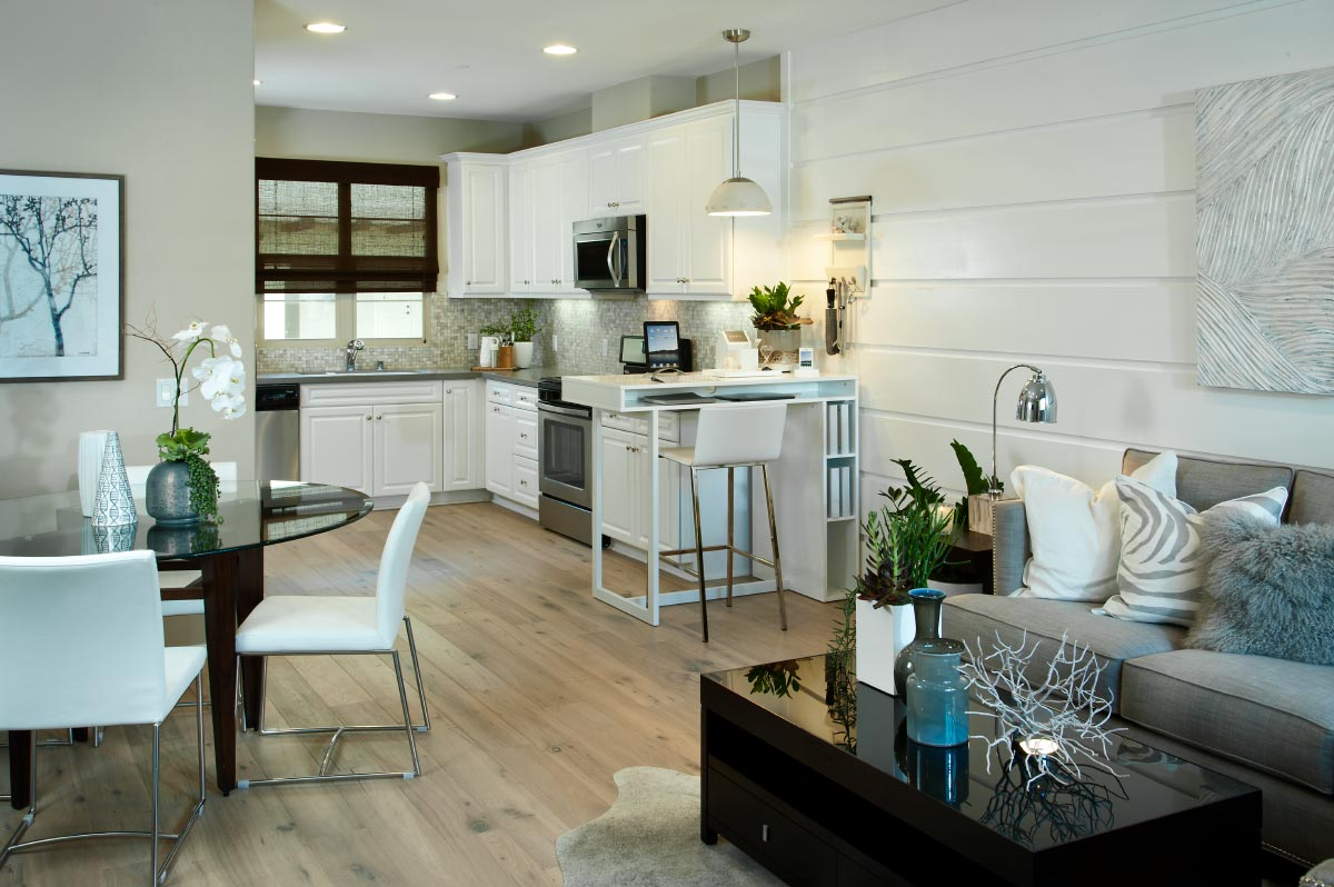 Townhomes for sale in Anaheim at Cortile at Colony Park