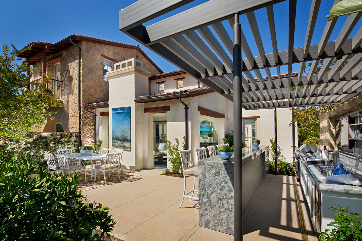 Irvine New Homes of La Vita at Orchard Hills