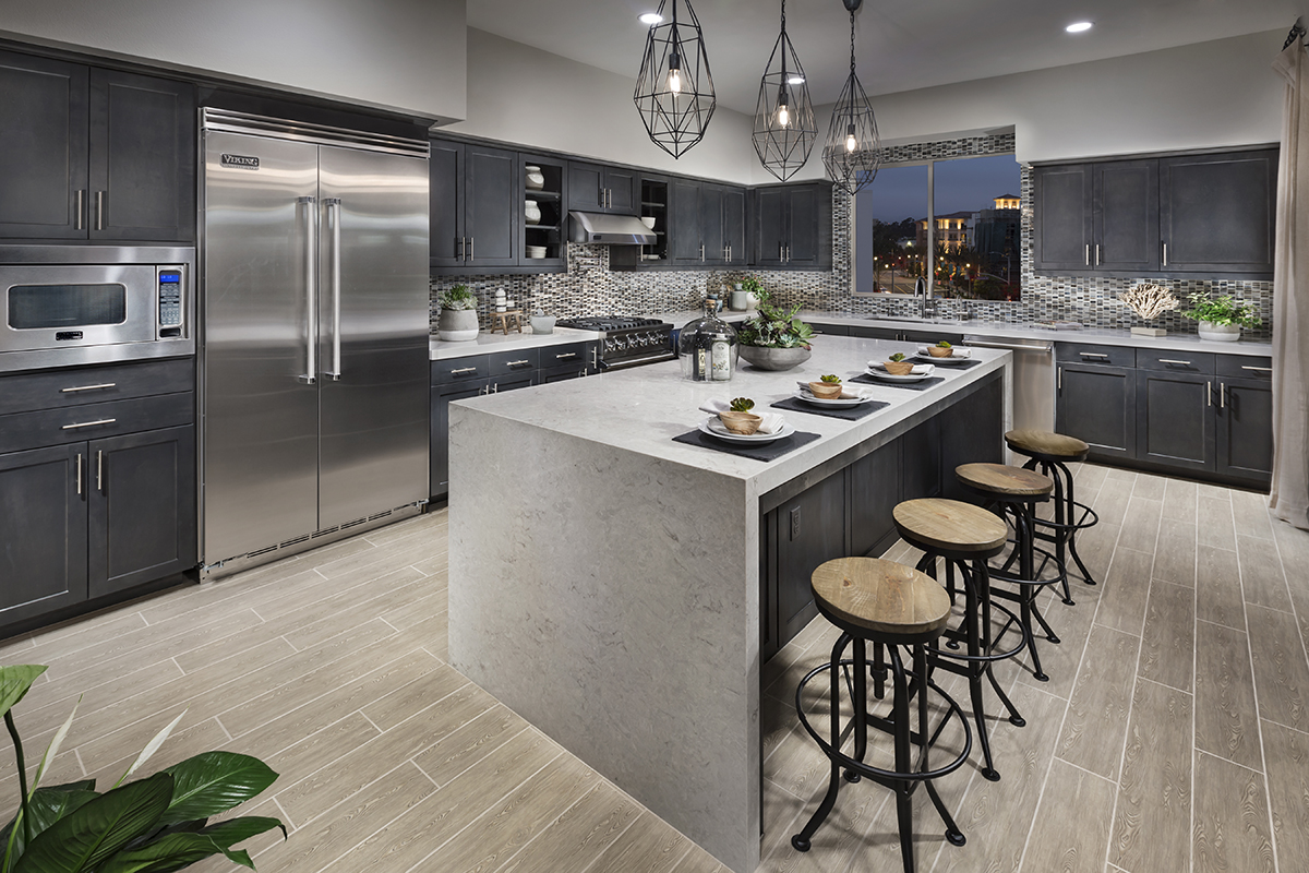 Luxury Homes For Sale in Los Angeles - Kitchen