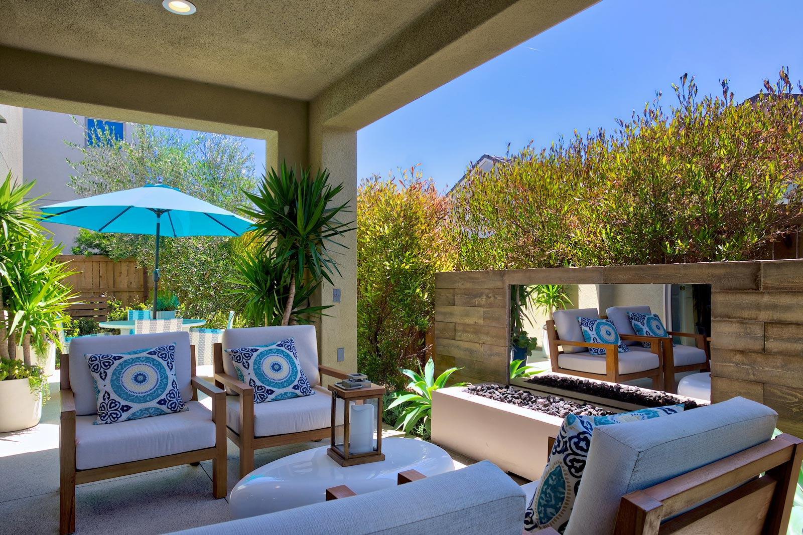 San Diego Home for Sale - Outdoor Living Room