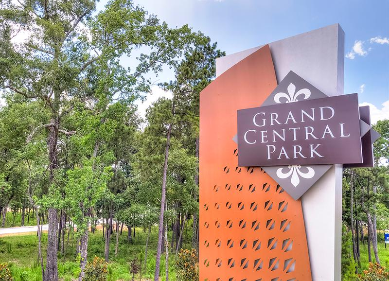 Grand Central Park sign new home community